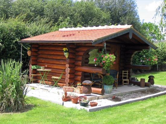 Maison En Bois De Jardin. Studio En Ossature Bois With Maison En ...