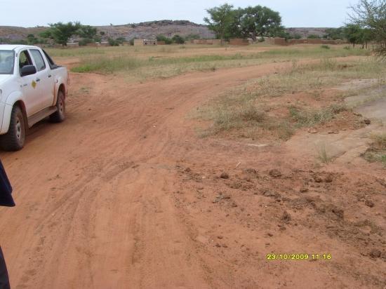 Sur la piste Arbinda-Sikiré; un passage d