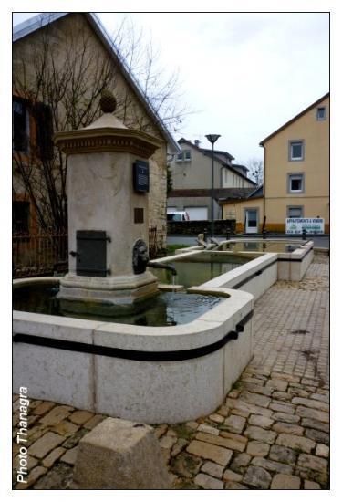 Fontaine à Fesches