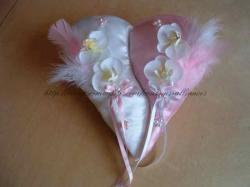 coussin separer en 2 rose blanc orchidée plumes.JPG