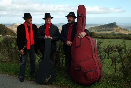 le groupe Les 3 Tontons