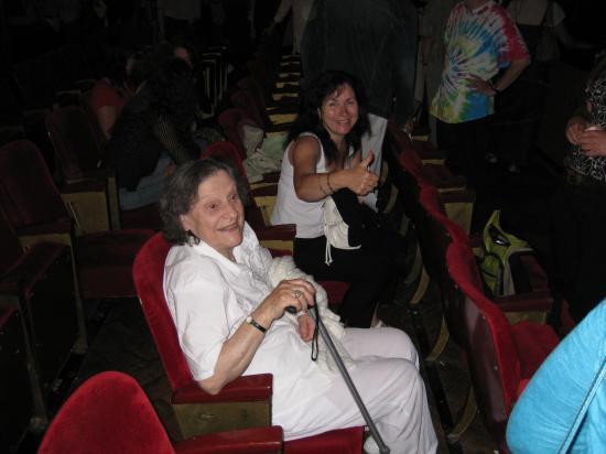 Ma maman 88 ans bientôt, Paula une amie