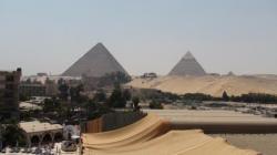 Les pyramides vues du Méridiens Pyramids - 2009