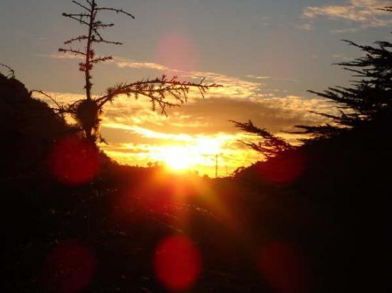 جمال ولاية البويرة Coucher-d-soleil.jpg
