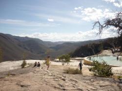 Hierve el agua - Vista sobre las piscinas