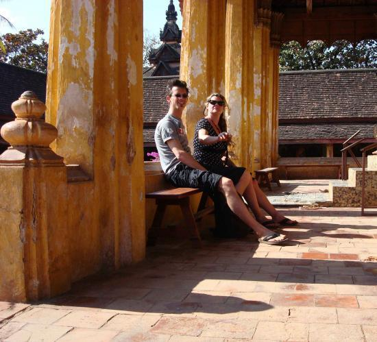 LAOS Vientiane @hellomisterd.com