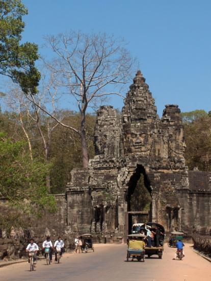 Site d'Angkor, la Cité impériale et religieuse de l'empire khmère CAMBODGE Angkor @hellomisterd.com