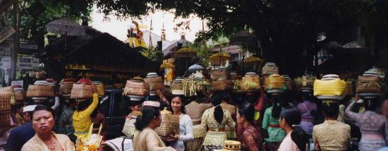 le marché d'ubud BALI Ubud @hellomisterd.com