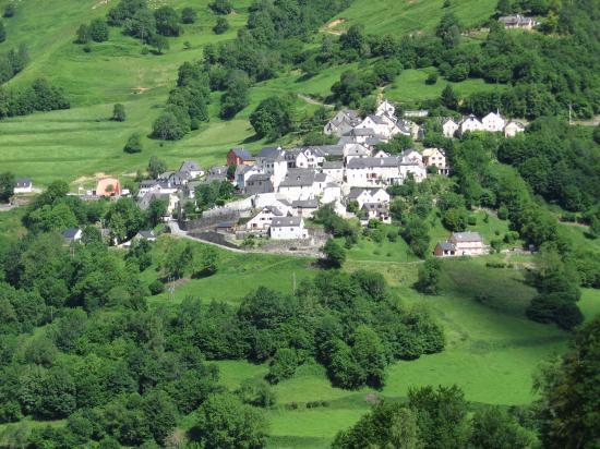 Le village d' Aydius