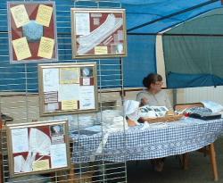 Exposition autour du village d'AMBRIERES LES VALLEES en mayenne