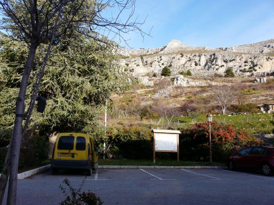 Parking de nuit de Gréolières (O6)