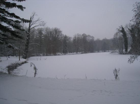 Parc de Grouchy sous la neige