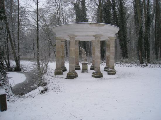 Temple d'amour au parc de Grouchy