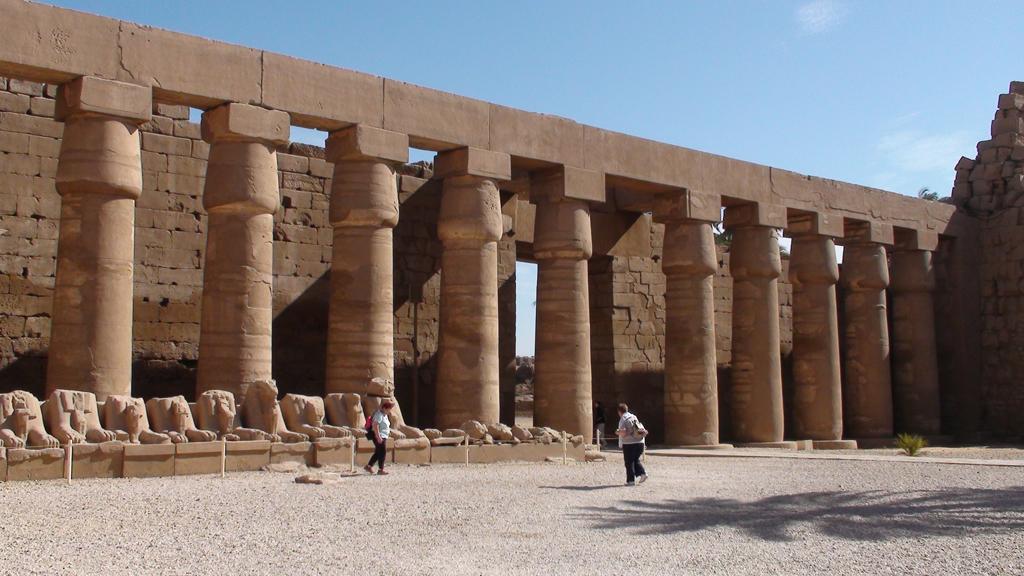 Grande cour de Karnak