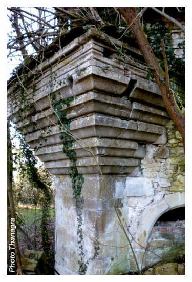 Oriel du château de Bourogne