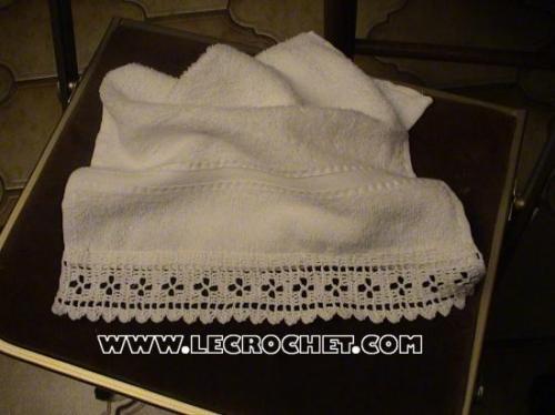 bordures au crochet pour le linge de toilette. Black Bedroom Furniture Sets. Home Design Ideas