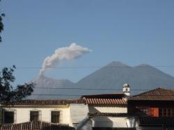 Antigua - Acatenago despetandose