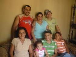 San Lorenzo - Manuel y Elise y su familia