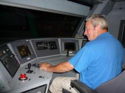Christian à mon pro au commande d'une locomotive de 2006