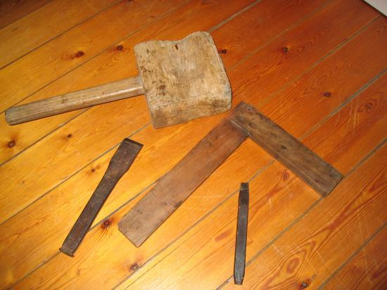 Les Outils des Menuisiers datant de 1950.-A.M.B.-