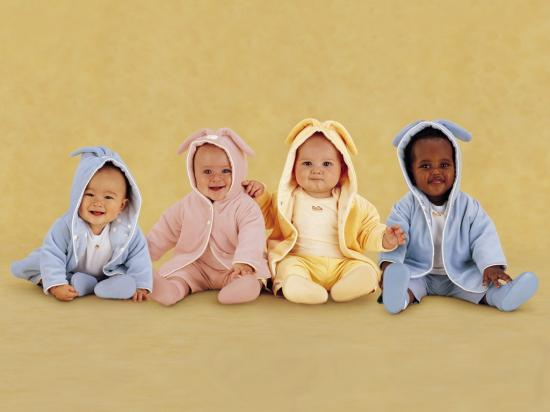 http://s2.e-monsite.com/2010/01/08/08/resize_550_550//wall001_com_baby_clothes_baby_pictures_1136.jpg