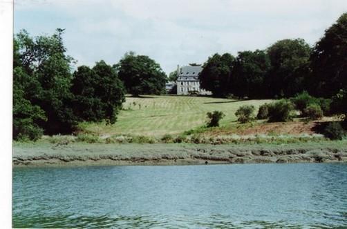 kerhir vu de la rivière