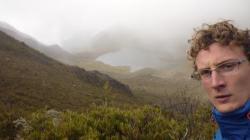Chirripo - Vista sobre la laguna en la niebla