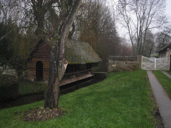 Lavoir à Delincourt (Oise) MarchePlaisir