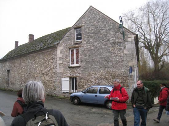 Devant la rue du Mesnil à Delincourt