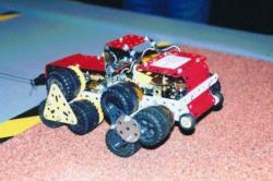 Modèle en 'Meccano' d'un véhicule à roues en étoile