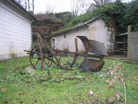Ancienne charrue à traction animale