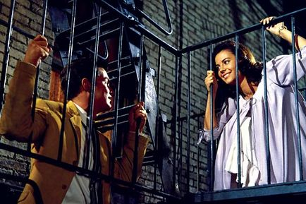 tragic love in west side story and shakespeares romeo and juliet Shakespeare's tragedies to the extent that they fit aristotle's paradigm and share   girl from the former group and a boy from the latter would fall in love  reprint , romeo and juliet, west side story, introduction by norris houghton (new.
