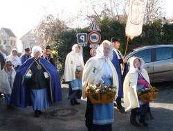 Saint Paul à Crouttes sur Marne :   Processions