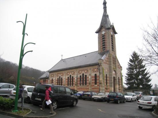 Eglise Saint-Léger à Menucourt (95)