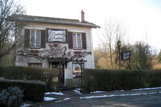 L'Auberge Penchée à Boissy L'Aillerie (95)