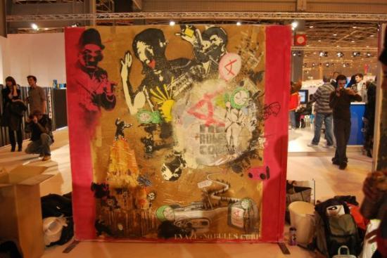 performance-collectif no rules corp'art- salon who's next, Paris 2010
