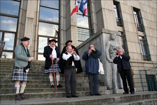 palais de justice 8/2/2009