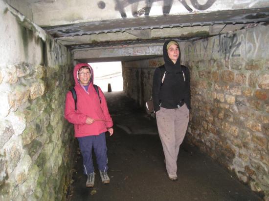 Sous la voie ferrée à Chars