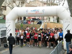 depart course a pied pedestre La caminade le 12 fevrier 2010 a Villars 84