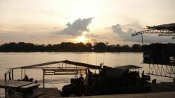 Rio Sucio - Militares en el atardecer