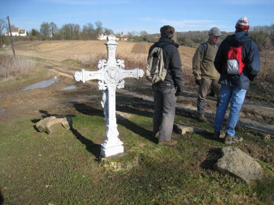 Croix près de Chavençon (95)