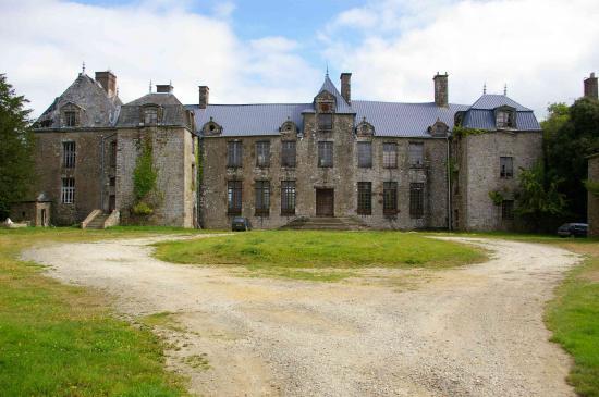 château sans rapport avec le texte, mais château quand même