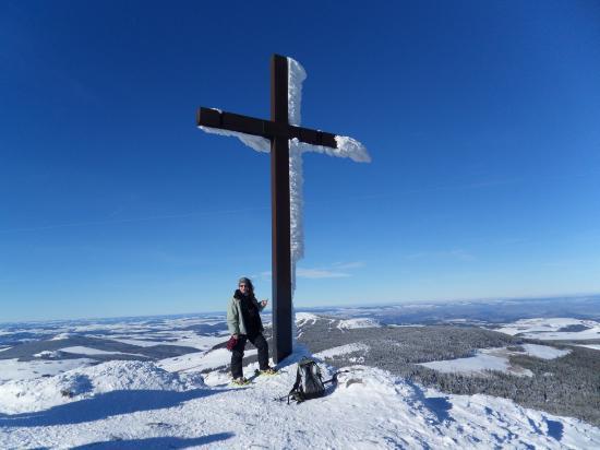Annick au sommet du Mézenc  (février 2010)