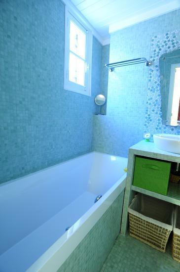 Stunning Emaux De Briare Salle De Bains Images - House Design ...