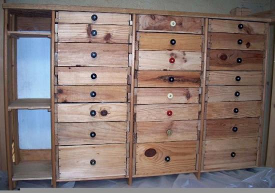 Objets en bois - Meuble en caisse de vin ...