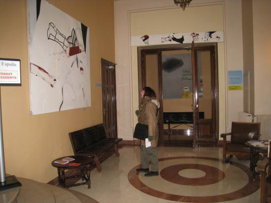 Yvette dans le Collège d'Espagne à la Cité Universitaire