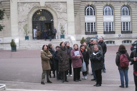 Le groupe à la Cité Universitaire.