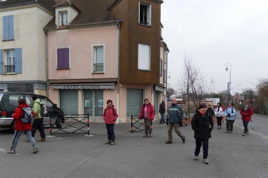 Randonneurs à la Gare d'Auvers