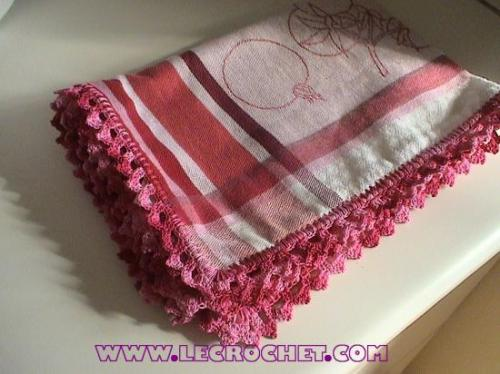 bordures au crochet pour vos torchons de cuisine. Black Bedroom Furniture Sets. Home Design Ideas