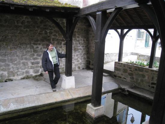 Catherine au  Lavoir à Boissy
